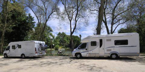 Avis aux camping-caristes : découvrez la FFCC !