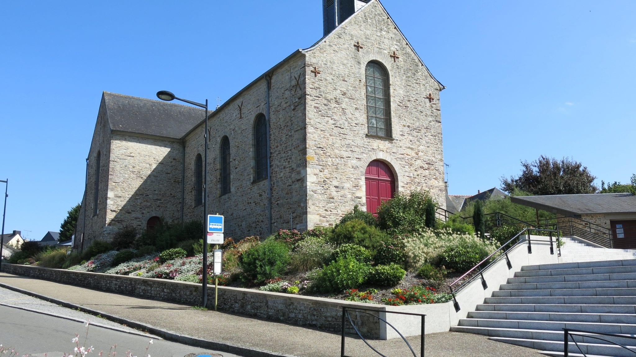 Crevin - Eglise 1