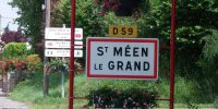 Saint-Meen-le-Grand, Village étape
